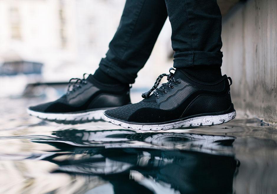 Amac Katema - Nếu bạn muốn là một tìm kiếm một đôi sneaker được sản xuất ra cho một mục đích nhân đạo thì đây chính là sự lựa chọn hoàn hảo. Với mỗi đôi giày bán được, nhãn hiệu Amac dùng nó để mang nước sạch đến cho nhiều khu vực trên toàn thế giới trong suốt 2 năm nay. Và mẫu giày Katema ra mắt lần này với mục đích giúp đỡ cho một ngôi làng cùng tên ở Malawi, Châu Phi.
