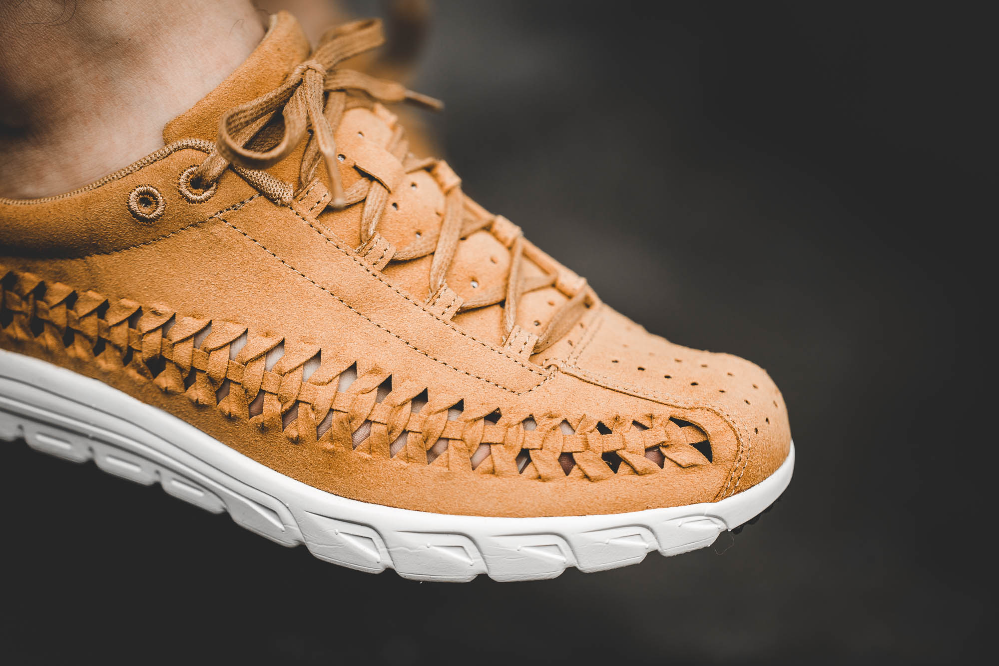 giay-nike-mayfly-woven-curry-2