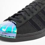 Giày adidas Superstar mũi giày kim loại màu ngũ sắc