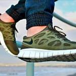 Mua giày thể thao vào thời điểm nào là hợp lý?