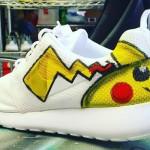 Giày Nike Pikachu theo trào lưu game Pokémon Go