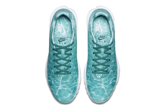 NIKE-AIR-MAX-PLUS-SWIMMING-POOL-3