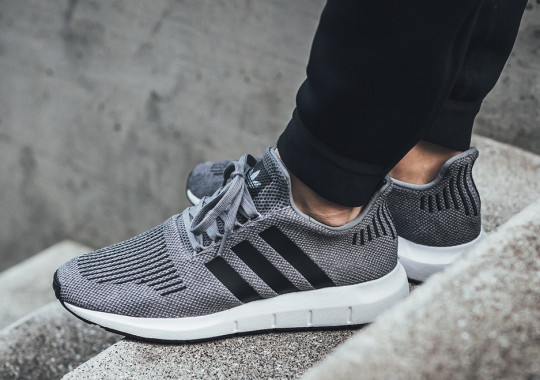 adidas-swift-run-december-2017-grey-black