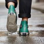 Với mẫu giày này, dân chơi giày Converse còn sợ gì mưa rơi.