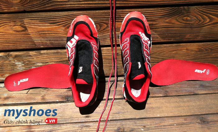 Giày chạy bộ có cần tắm rửa sạch sẽ không?