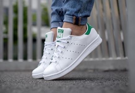 Những đôi giày thể thao nữ tuyệt đẹp dành cho các cô nàng mùa hè này